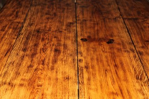 Rustikaler Eichen Esstisch 200 x 115 cm - Massiv und Schwer von Casa Padrino - Gasthaus Tisch Speisetisch Ritter Tisch - Restaurant Möbel - Vorschau 4