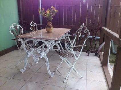 Casa Padrino Luxus Jugendstil Gartenmöbel Set - 1 Tisch + 4 Stühle - Antik Stil Design 180 cm - Eisen mit massiver Marmorplatte