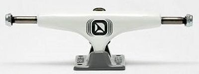 Crail Skateboard Achsen Set 133 LOW weiß/grau