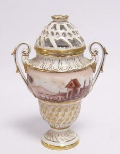 Casa Padrino Luxus Porzellan Vase mit 2 Griffen und Deckel H. 20 cm - Antik Stil Jugendstil