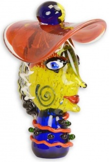 Casa Padrino Designer Glas Skulptur Frauenkopf mit Hut Bunt 24, 1 x 19 x H. 36, 3 cm - Abstrakte Deko Glasfigur - Deko Accessoires