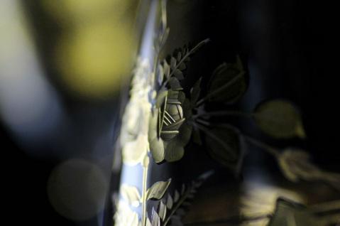 Casa Padrino Luxus Barock Whisky Glas 6er Set Gold Ø 8 x H. 9 cm - Handgefertigte und handgravierte Whiskygläser - Hotel & Restaurant Accessoires - Luxus Qualität - Vorschau 3