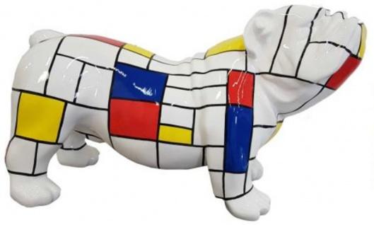 Casa Padrino Designer Dekofigur Hund Bulldogge Weiß / Mehrfarbig 55 x H. 32 cm - Wetterbeständige Deko Skulptur - Wohnzimmer Deko - Garten Deko - Designer Deko Tierfigur