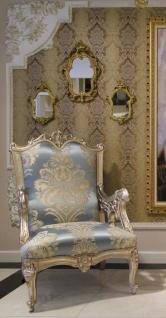 Casa Padrino Luxus Barock Sessel Hellblau / Beige / Silber 80 x 77 x H. 115 cm - Prunkvoller Wohnzimmer Sessel mit edlem Muster - Barock Wohnzimmer Möbel