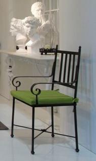 Casa Padrino Luxus Jugendstil Gartenstuhl mit Armlehnen und Sitzkissen Schwarz / Grün 47 x 50 x H. 103 cm - Handgeschmiedeter Esszimmer Stuhl - Esszimmer Garten Terrassen Möbel