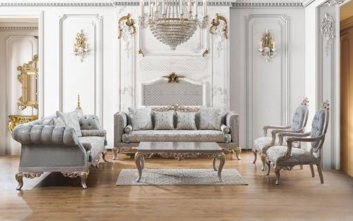 Casa Padrino Luxus Barock Wohnzimmer Set Türkis / Silber / Gold - 2 Sofas & 2 Sessel & 1 Couchtisch - Wohnzimmer Möbel im Barockstil - Edel & Prunkvoll