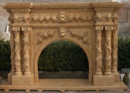 Casa Padrino Luxus Barock Kaminumrandung Beige 250 x 45 x H. 200 cm - Prunkvolle Kaminumrandung aus hochwertigem Marmor - Marmor Möbel im Barockstil
