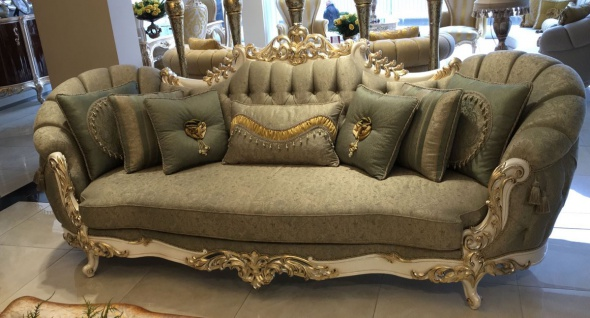 Casa Padrino Luxus Barock Wohnzimmer Sofa Grün / Weiß / Gold - Handgefertigte Barock Wohnzimmer Möbel - Edel & Prunkvoll