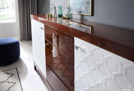 Casa Padrino Luxus Kommode mit 3 Türen und Schublade Weiß / Hochglanz Braun 171, 4 x 45 x H. 96, 6 cm - Luxus Möbel - Vorschau 2