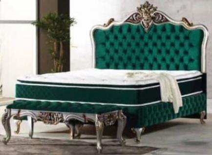 Casa Padrino Barock Doppelbett Grün / Silber / Antik Gold - Prunkvolles Bett mit Matratze - Barock Möbel