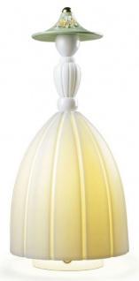 Casa Padrino Designer Porzellan LED Tischleuchte Dame Weiß / Mehrfarbig Ø 17 x H. 37 cm - Luxus Qualität