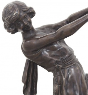 Casa Padrino Luxus Bronzefigur tanzende Dame Bronze / Dunkelbraun 22 x 11 x H. 51 cm - Dekofigur auf Holzsockel - Vorschau 3