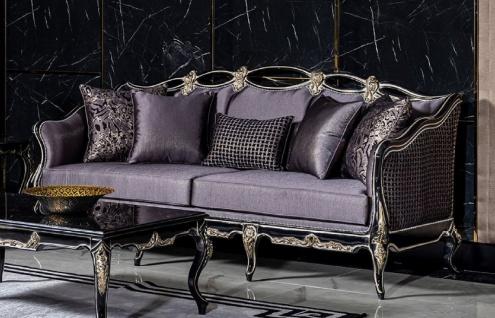 Casa Padrino Luxus Barock Sofa Lila / Schwarz / Gold - Handgefertigtes Wohnzimmer Sofa mit dekorativen Kissen - Wohnzimmer Möbel im Barockstil - Edel & Prunkvoll