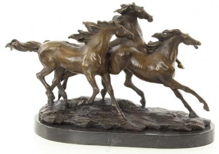 Casa Padrino Luxus Bronze Skulptur Gallopierende Pferde Bronze / Gold / Schwarz 45, 1 x 18 x H. 27 cm - Elegante Dekofigur
