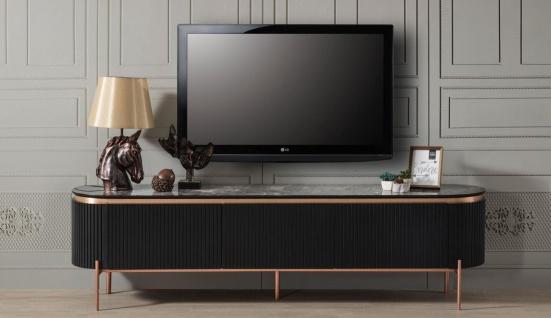 Casa Padrino Luxus TV Schrank Schwarz / Kupferfarben 208 x 48 x H. 57 cm - Fernsehschrank mit 4 Türen und Glasplatte in Marmoroptik - Luxus Wohnzimmer Möbel