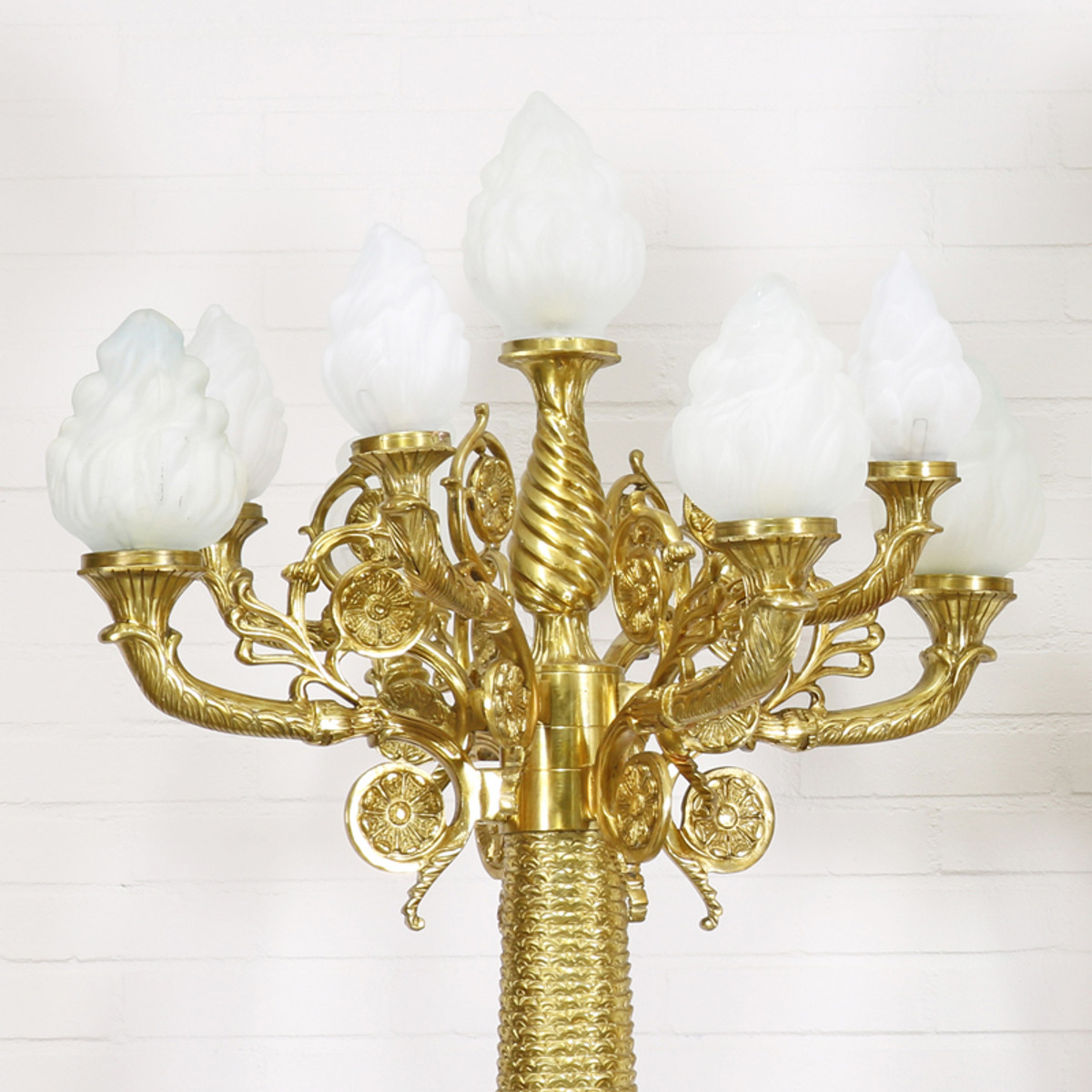 Casa padrino barock stand kronleuchter mit marmor s ulen set mod1 creme gold edel - Kronleuchter barock ...