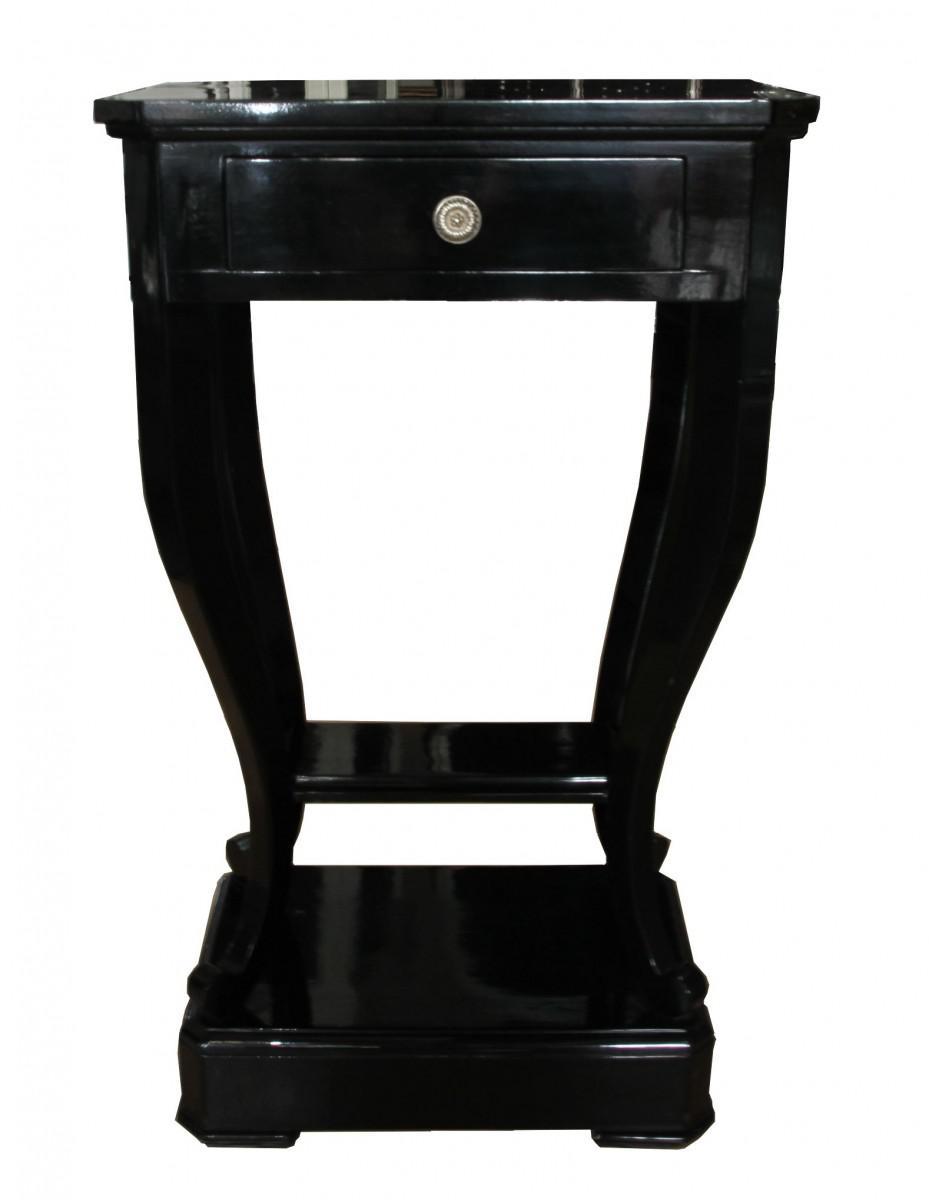 nachttisch hhe 70 cm excellent nachttisch wei schwarz nussbaum eiche with nachttisch hhe 70 cm. Black Bedroom Furniture Sets. Home Design Ideas