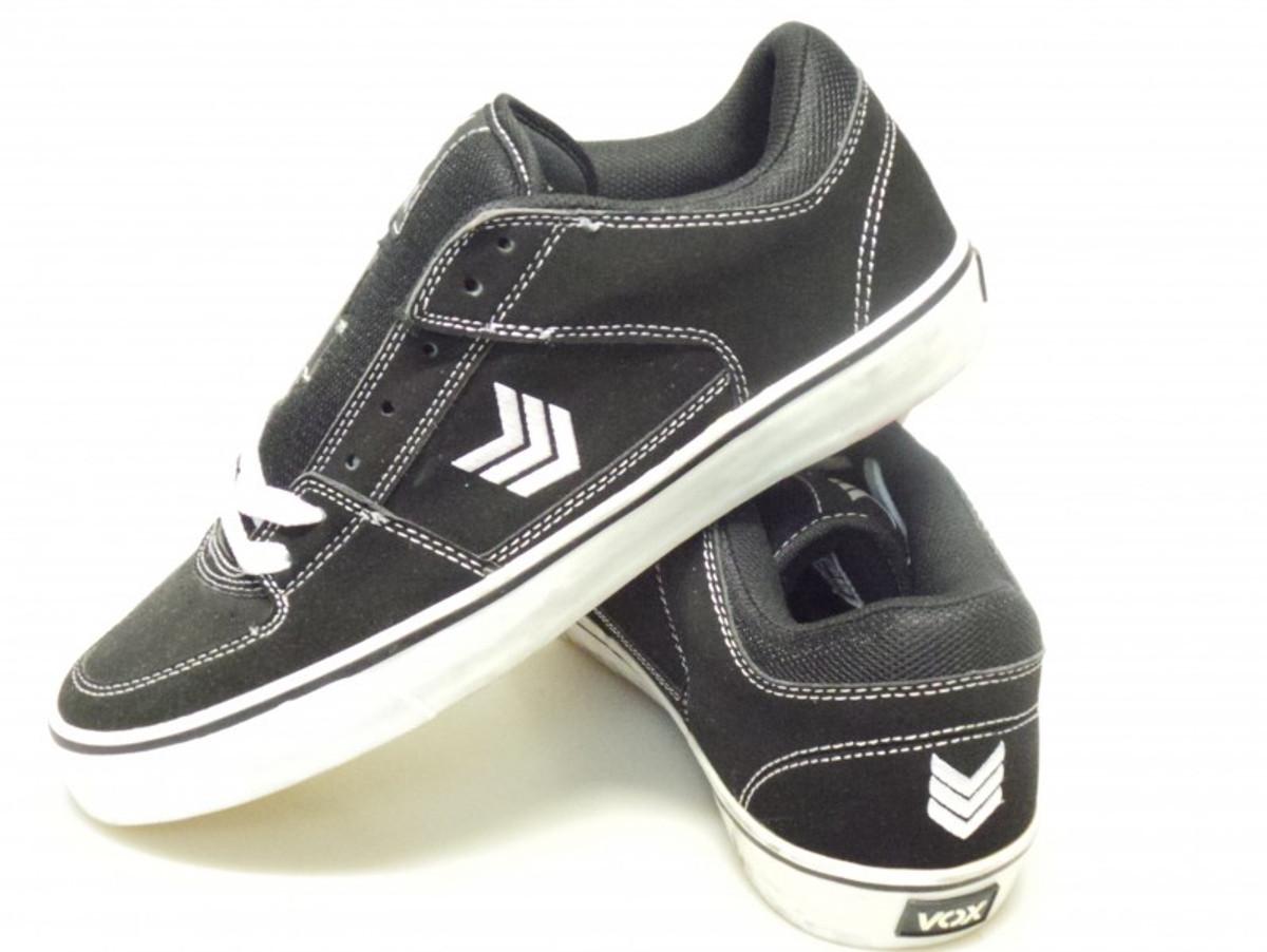Vox Skateboard Schuhe Trooper Schwarz  Weiß