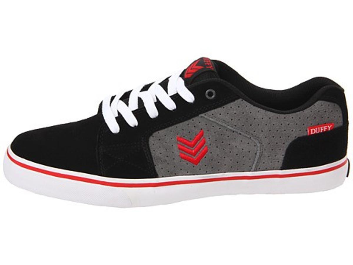 Vox Skateboard Schuhe Duffy Schwarz Sturm Rot