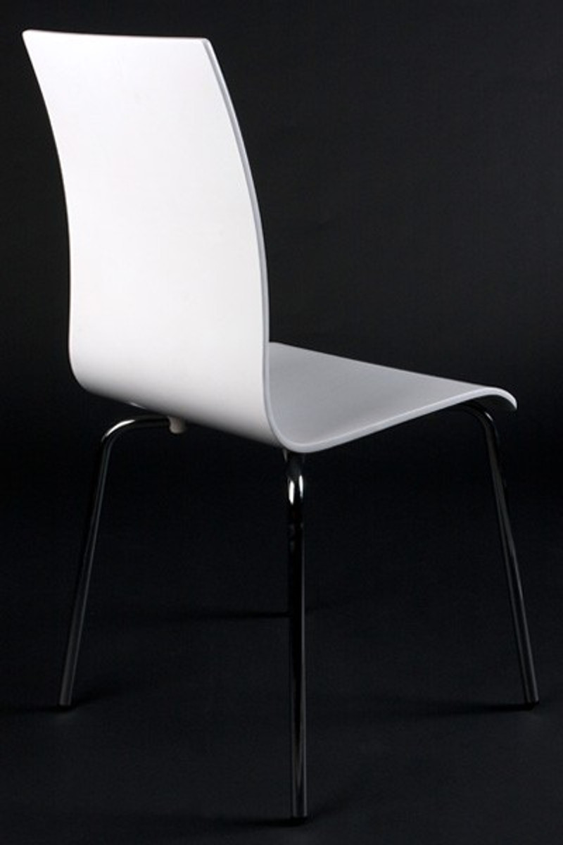 designer stuhl aus holz und verchromtem stahl weiss. Black Bedroom Furniture Sets. Home Design Ideas