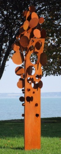Casa Padrino Designer Stahl Garten Skulptur Münzbaum Rostfarben 75 x 70 x H. 260 cm - Handgefertigte Wetterbeständige Garten Dekoration