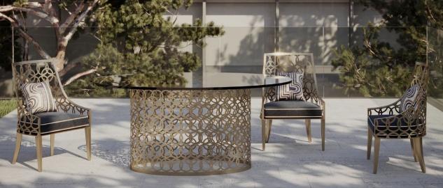 Casa Padrino Luxus Gartenmöbel Set Grau / Weiß / Gold - 1 ovaler Esstisch mit Glasplatte & 6 Stühle mit Kissen - Handgefertigte Garten Terrassen Hotel Möbel - Luxus Qualität