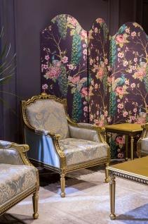Casa Padrino Luxus Barock Sessel Hellblau / Gold 68 x 72 x H. 103 cm - Wohnzimmer Sessel mit elegantem Muster - Barock Wohnzimmer Möbel