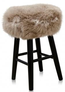 Casa Padrino Luxus Sitzhocker Cappucino / Schwarz Ø 40 x H. 57 cm - Hocker mit Schafsfell