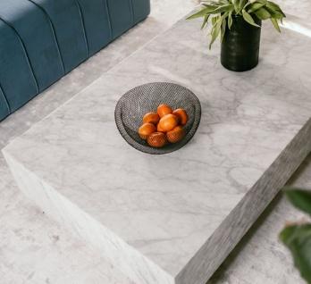 Casa Padrino Luxus Couchtisch Weiß 135 x 80 x H. 35 cm - Rechteckiger Wohnzimmertisch aus Carrara Marmor - Marmortisch - Luxus Qualität - Vorschau 3