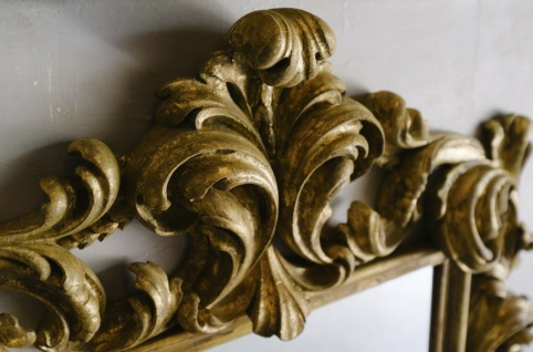 Casa Padrino Barock Spiegel Grau / Gold 104, 5 x H. 128 cm - Prunkvoller handgefertigter Wandspiegel mit dekorativem Rahmen und wunderschönen Verzierungen - Vorschau 3