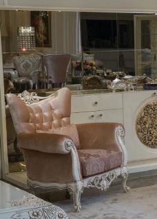 Casa Padrino Luxus Barock Sessel Rosa / Lila / Weiß / Beige 102 x 73 x H. 106 cm - Wohnzimmer Sessel mit elegantem Muster und dekorativem Kissen - Barock Möbel
