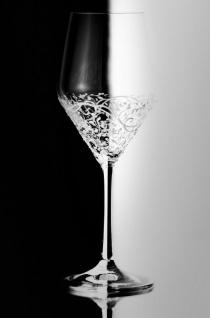 Casa Padrino Luxus Weißweinglas 6er Set Weiß Ø 8, 6 x H. 22, 4 cm - Handgefertigte & handbemalte Weingläser - Hotel & Restaurant Accessoires - Luxus Qualität