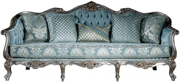 Casa Padrino Luxus Barock Sofa Hellblau / Silber / Gold 238 x 85 x H. 106 cm - Wohnzimmer Sofa mit elegantem Muster und dekorativen Kissen - Barock Wohnzimmer Möbel