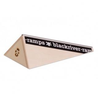 Black River Ramps Polebank Fingerboard Ramp