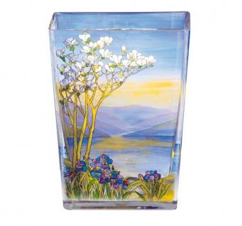 Handgearbeitete Vase aus Tiffany Glas mit wunderschönem Motiv, Höhe 20 cm - feinste Qualität aus der Tettau Porzellanfabrik