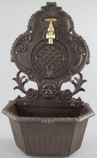 Casa Padrino Jugendstil Wandbrunnen Rustikal Braun 32 x 18 x H. 58 cm - Nostalgischer Gartendeko Brunnen mit Wasserhahn - Garten Accessoires