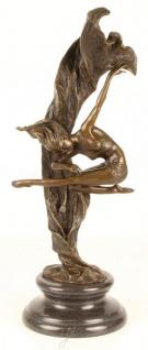 Casa Padrino Luxus Bronze Skulptur Tänzerin Bronze / Gold / Schwarz 21 x 18 x H. 53 cm - Bronzefigur