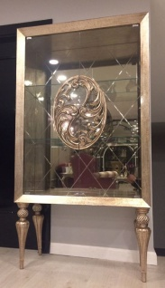 Casa Padrino Luxus Barock Vitrine Antik Gold - Handgefertigter Massivholz Vitrinenschrank im Barockstil - Edle Barock Möbel