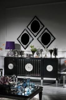 Casa Padrino Luxus Barock Wohnzimmer Set Schwarz / Silber - Sideboard und 3 Spiegel - Barockmöbel