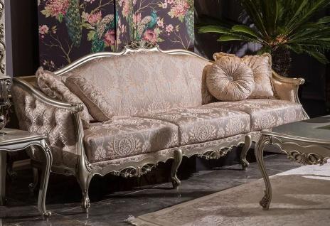 Casa Padrino Luxus Barock Wohnzimmer Sofa Rosa / Silber 245 x 83 x H. 104 cm - Massivholz Sofa mit elegantem Muster und dekorativen Kissen - Wohnzimmer Möbel im Barockstil