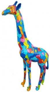 Casa Padrino Designer Deko Giraffe Mehrfarbig H. 205 cm - Riesige Dekofigur - Gartendeko Skulptur - Luxus Gartenfigur