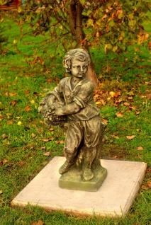 Casa Padrino Jugendstil Skulptur Junge mit Korb 34 x H 77 cm Antik Moos-Grau - Barock Gartendeko