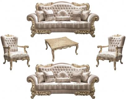 Casa Padrino Luxus Barock Wohnzimmer Set Beige / Gold - 2 Sofas & 2 Sessel & 1 Couchtisch - Prunkvolle Wohnzimmermöbel im Barockstil