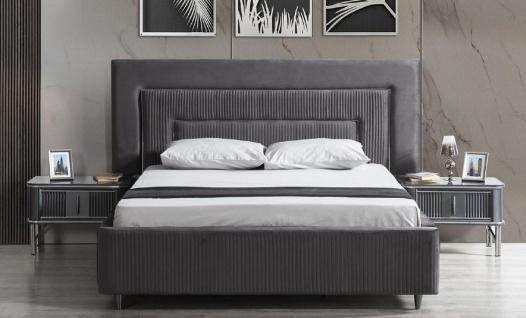 Casa Padrino Luxus Schlafzimmer Set Grau / Silber - 1 Doppelbett mit Kopfteil & 2 Nachttische - Luxus Schlafzimmer Möbel