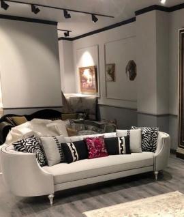 Casa Padrino Luxus Barock Sofa Silber / Antik Silber - Handgefertigtes Wohnzimmer Sofa - Edle Barock Wohnzimmer Möbel - Vorschau 3