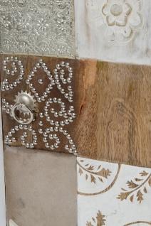 Casa Padrino Landhausstil Shabby Chic Kommode Antik Weiß / Mehrfarbig 40 x 32 x H. 70 cm - Kleiner Landhausstil Schrank mit Tür - Vorschau 4