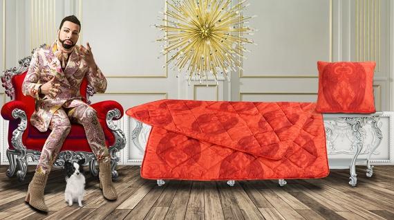 Harald Glööckler Designer Verwandlungskissen Engel Rot + Casa Padrino Luxus Barock Bleistift mit Kronendesign - Vorschau 4