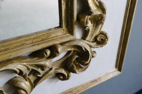 Casa Padrino Barock Spiegel Grau / Gold 104, 5 x H. 128 cm - Prunkvoller handgefertigter Wandspiegel mit dekorativem Rahmen und wunderschönen Verzierungen - Vorschau 4