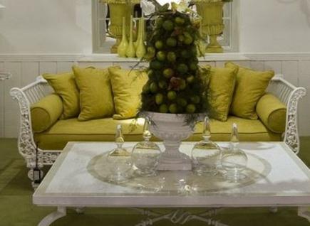 Casa Padrino Luxus Barock Sofa Olivgrün / Weiß 212 x 87 x H. 77 cm - Handgeschmiedetes Schmiedeeisen Sofa mit Kissen - Wohnzimmer Sofa - Garten Sofa - Terrassen Sofa - Barock Möbel