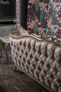 Casa Padrino Luxus Barock Wohnzimmer Sofa Rosa / Silber 245 x 83 x H. 104 cm - Massivholz Sofa mit elegantem Muster und dekorativen Kissen - Wohnzimmer Möbel im Barockstil - Vorschau 3
